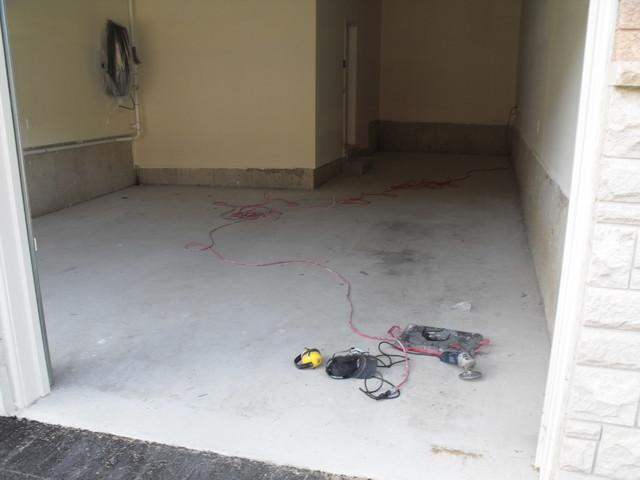 Metallic Garage Floor modern