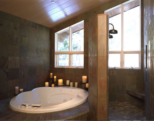 Graham Simmons, Builder and Architect traditional-bathroom