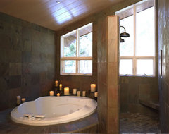 Graham Simmons, Builder and Architect traditional bathroom