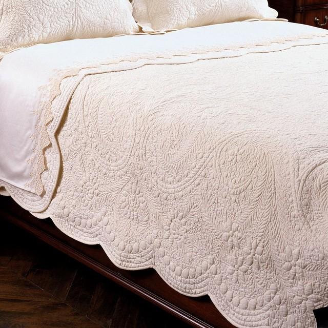 blanket or comforter | WordReference Forums : comforter vs quilt - Adamdwight.com