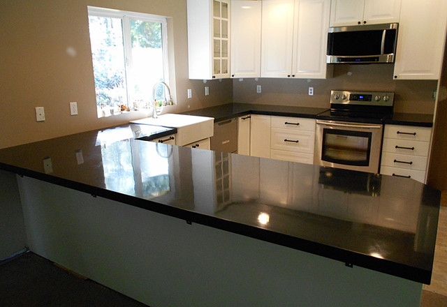 High gloss black kitchen - Contemporary - Kitchen Countertops ...