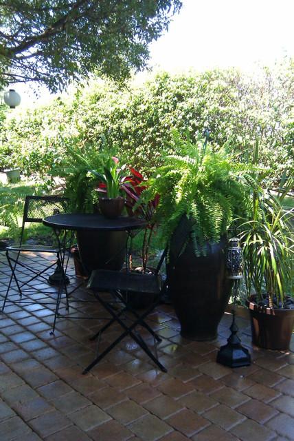 FL PATIO eclectic-patio
