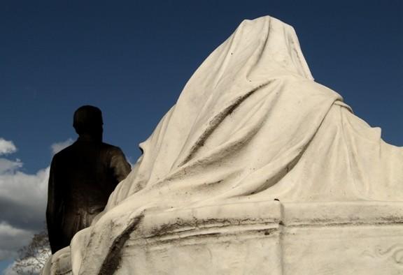"""Jefferson Davis Monument Hollywood Cementery Richmond"" Artwork contemporary-photographs"