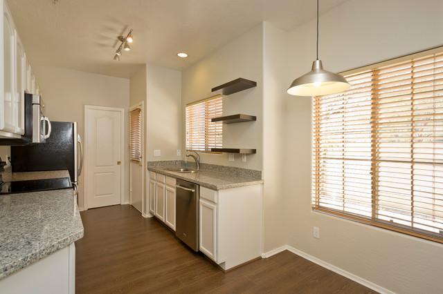 Scottsdale Condo modern-kitchen