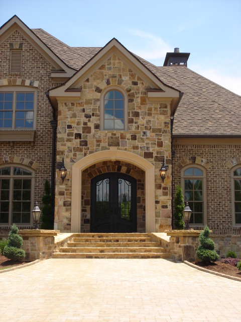 John Bynum Custom Homes traditional