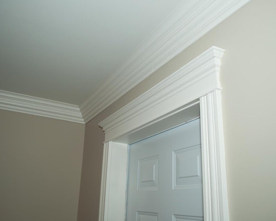 Customized moulding in new home -