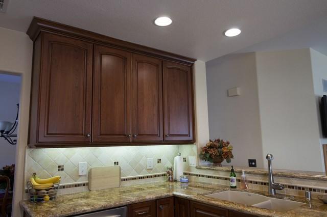 Dynasty, Cherry, Nutmeg, Onyx traditional-kitchen-cabinetry