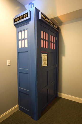 Geeky fun, outer space and sci-fi home decor ideas