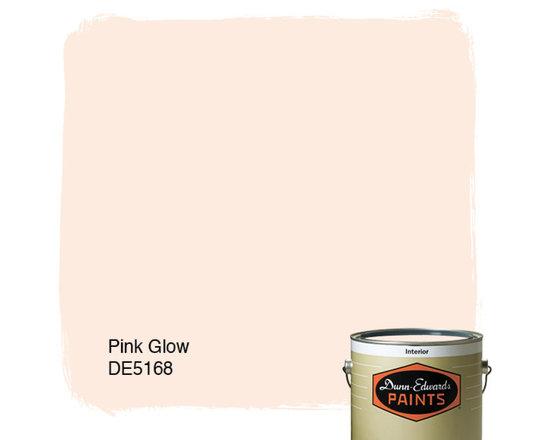 Dunn-Edwards Paints Pink Glow DE5168 -