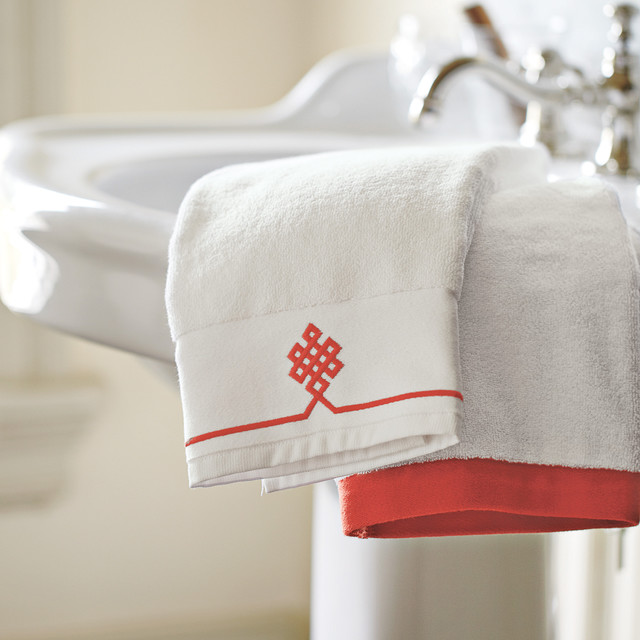 Bathroom traditional-towels