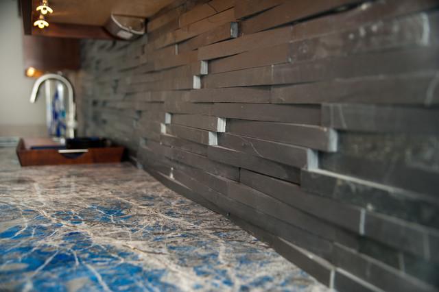 Textured stone backsplash transitional home bar new for Textured backsplash