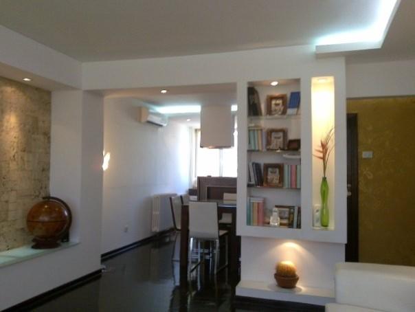 Mediterranean story living-room