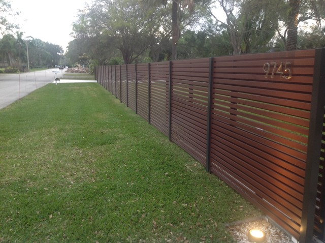 Full Slatted Enclosure - contemporary - outdoor lighting - miami