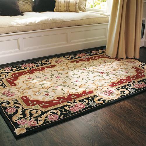 Bella Flora Rug traditional-rugs