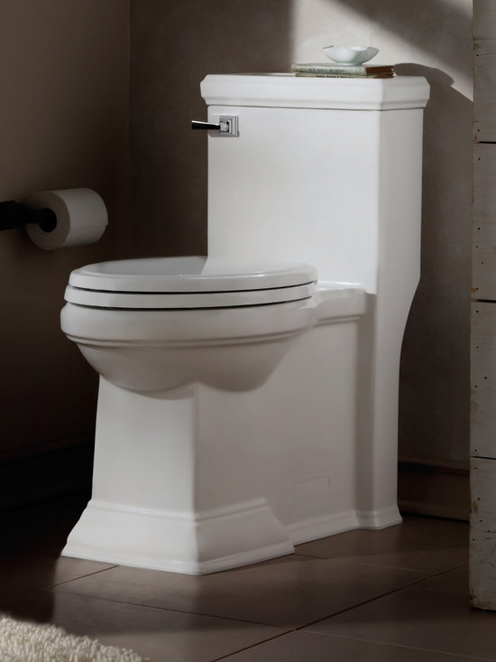 Town Square FloWise Right Height Elongated 1-Piece Toilet -