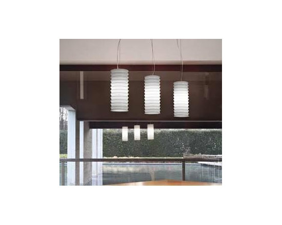 Modulo S13 Pendant Lamp By Leucos Lighting - From Leucos the Modulo series is a modern contemporary lamp.