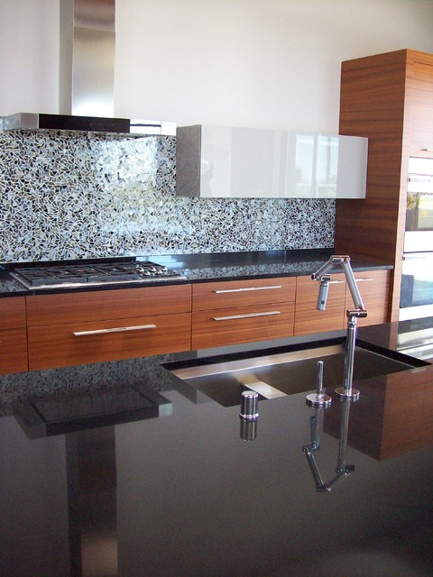 Artisan Stone Collection Modern Kitchen In Absolute Black