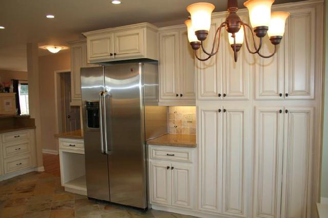 Antique White Kitchen Cabinets Home Design modern-kitchen-cabinetry