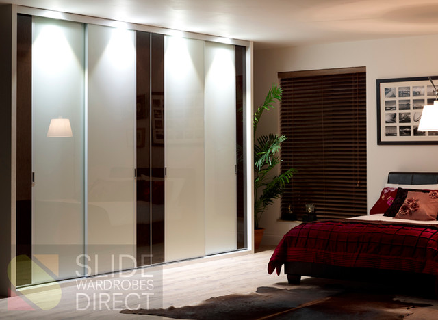 OUR SLIDING WARDROBE DOORS Modern Other Metro By