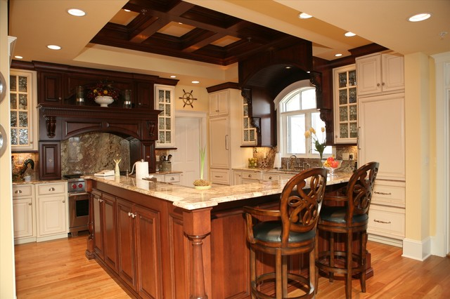 Cabinetry By Classic Industries traditional-kitchen-cabinetry