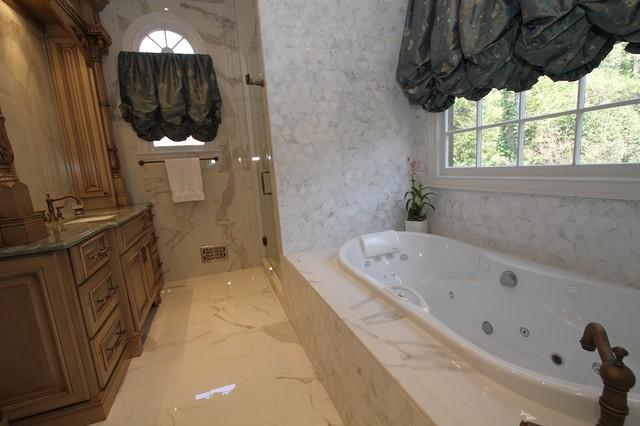 Mola - St. Marlo Country Club traditional-bathroom