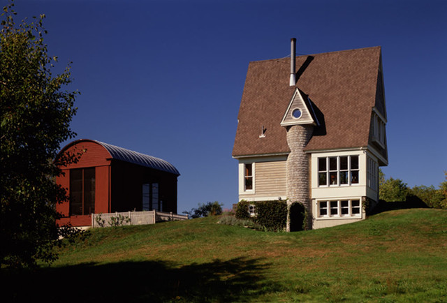 Kinderhook Barn traditional-exterior