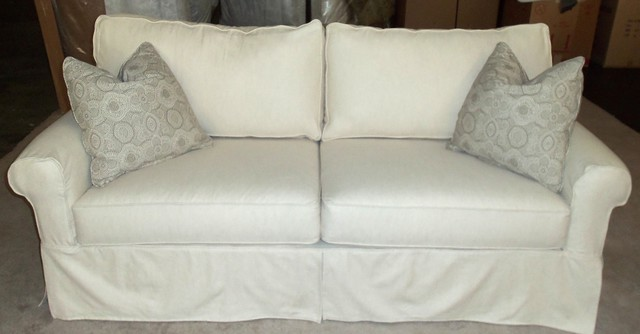 Rowe nantucket slipcover sofa loveseat chair and ottoman for Rowe furniture slipcovers nantucket