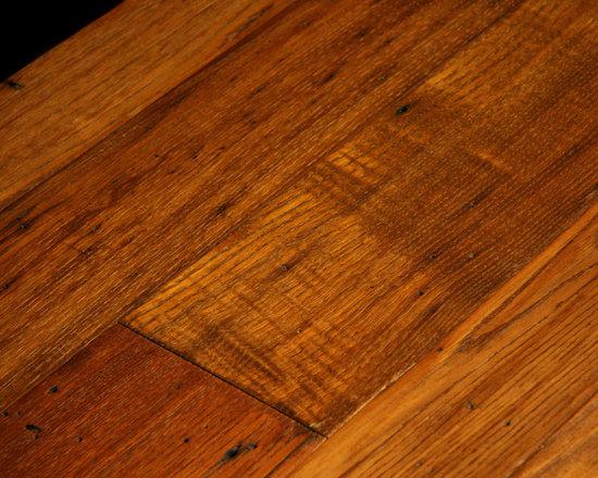 Antique Wormy Chestnut, Restoration Face Texture -