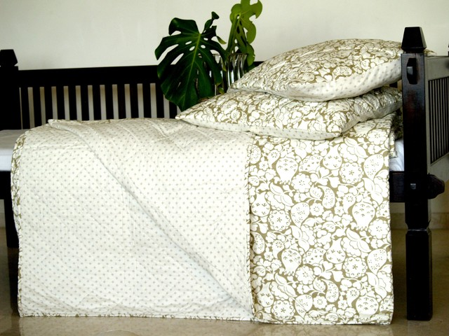 Summer Quilts eclectic-quilts-and-quilt-sets