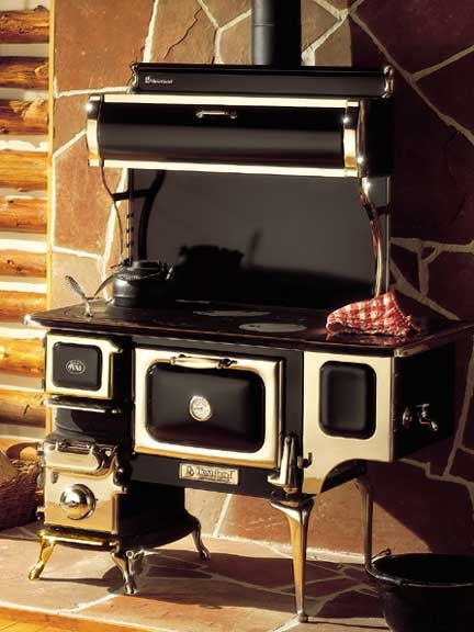 Oval Wood Cook Stove - Eclectic - Gas Ranges And Electric Ranges - by Antique Stoves