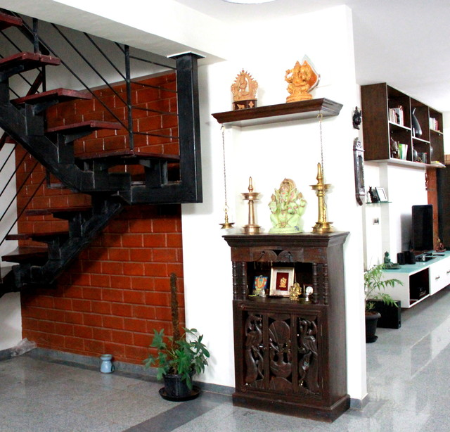 Eco friendly Asian Indian themed eclectic home in