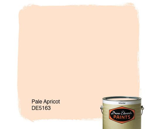 Dunn-Edwards Paints Pale Apricot DE5163 -