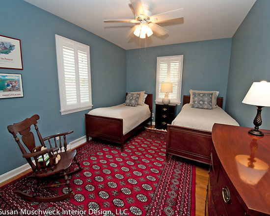 Guest Room With Twin Beds Decor