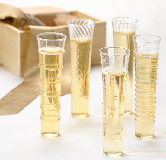 Dainty Champagne Flutes eclectic-everyday-glassware