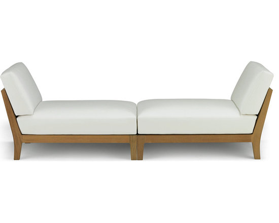 Banyan Sectional Bench - Influenced by the power and romance of the Banyan tree's epiphyte nature to spread its roots and bear fruit, Link Outdoor introduces the latest pieces that complete its Banyan Collection, design by Holly Hunt.  Comprising of Corner, Armless and Ottoman seating, all three pieces combine in any number of configurations for lounging, entertaining, or an intimate tête-à-tête.  Seen as a departure from the strong contemporary and youthful lines of recent introductions, Banyan is a deep-seated luxurious collection of plush classical outdoor furniture made for pure comfort - a collection that will transform outdoor spaces into contentment zones for living well.  © Link Outdoor
