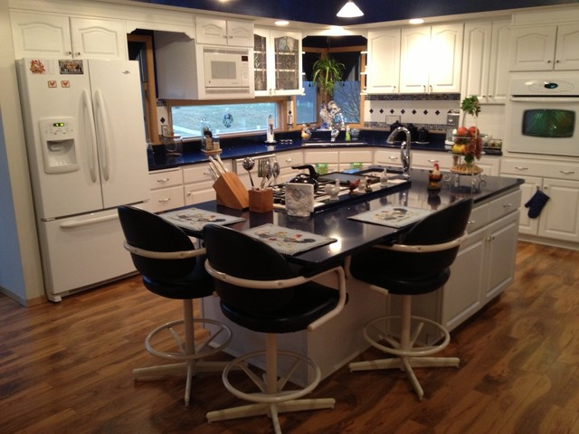 Replaced Countertops Hanstone Mystic Blue