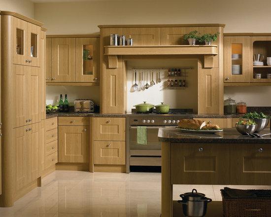 Lissa Oak Kitchen -