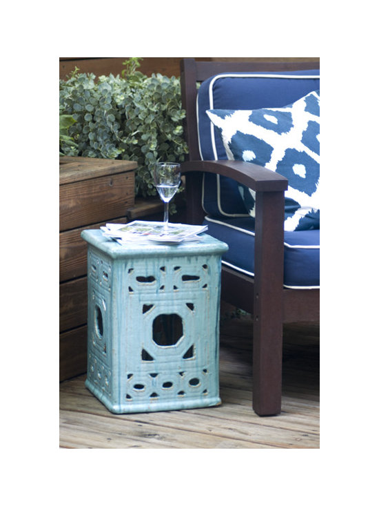 Square Lattice Garden Stool -