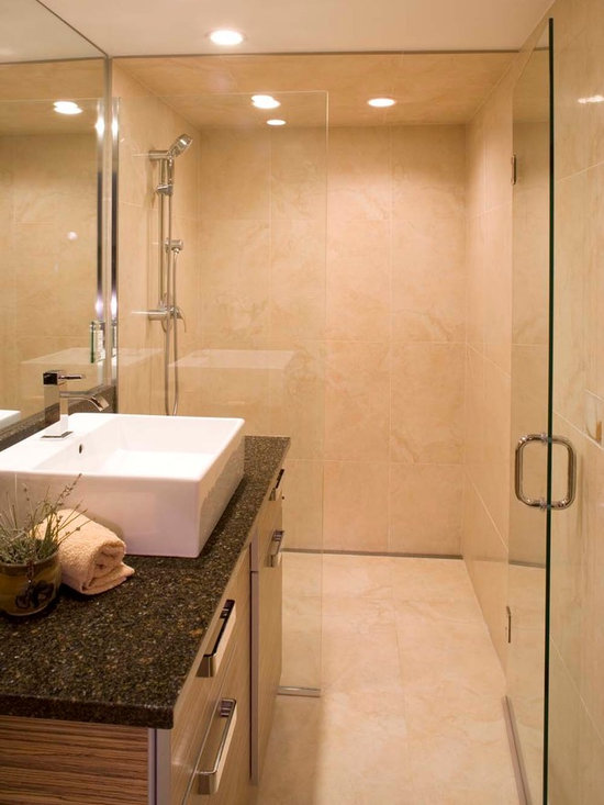 Space-Saving Curbless Shower Entry -