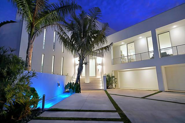 Harbor Drive Residence modern-exterior