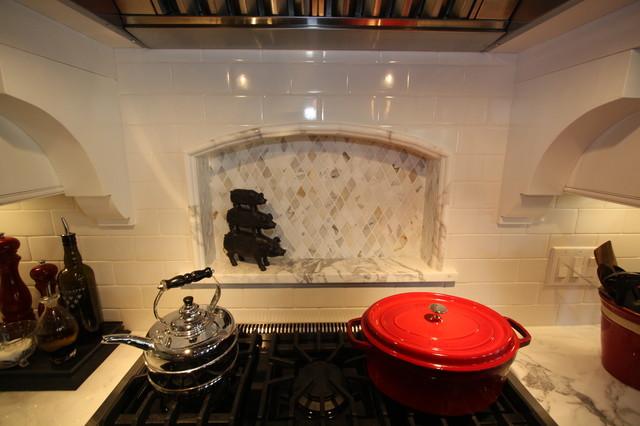Marble Backsplash traditional-kitchen