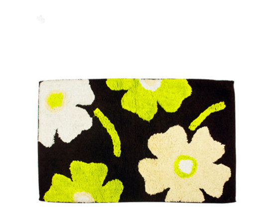 Home Spa - Pamper your feet in the luxury of complete dryness with this floral bath mat, that comes in the super-absorbence of pure cotton. While the fluffy texture makes it extremely functional, the oversized flowers on the deep brown bathmat makes it an eye-catching accessory in your bathroom.