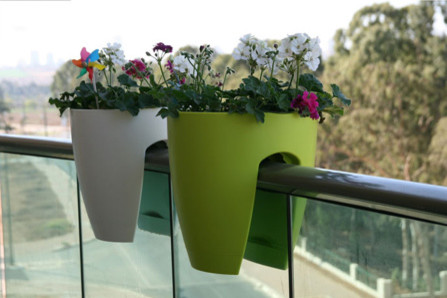Railing/Balcony Planter Product Detail outdoor-pots-and-planters