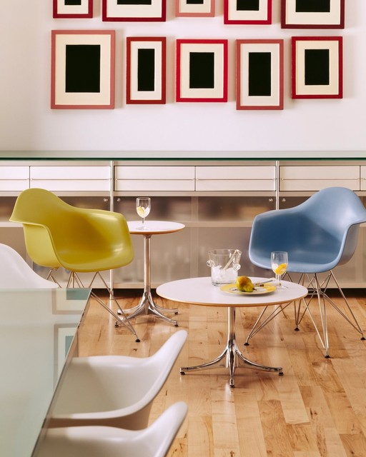 Collaboration area with Herman Miller Eames Molded Plastic Armchair Wire Base modern-home-office