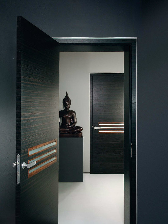 Contemporary Interior Doors - Another example of clean european design. This door would fit a contemporary space. Fenstermann specializes in custom work. For more information on our interior doors contact david@fenstermann.com.
