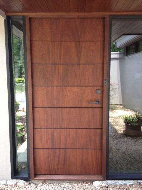 Sullivan modern front doors columbus by jonathon for Window glass design in kerala