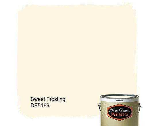Dunn-Edwards Paints Sweet Frosting DE5189 -