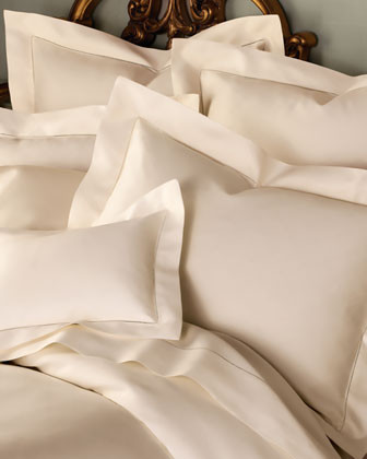 SFERRA 1,020-Thread-Count Bed Linens Queen Solid Sateen Fitted Sheet traditional-sheets