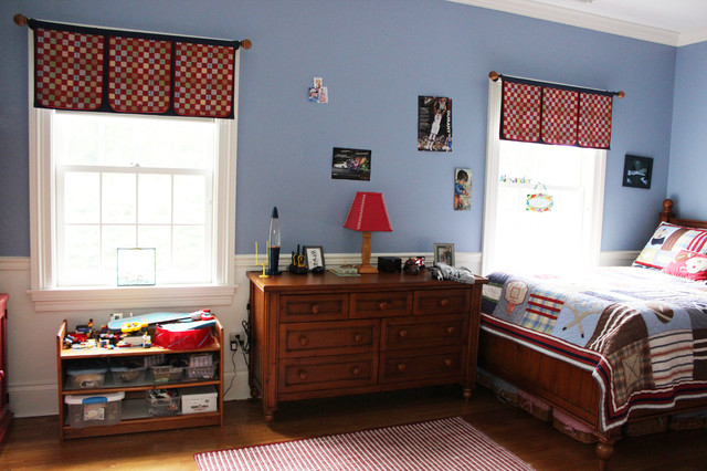 Custom Window Treatments by Lynn Chalk traditional-kids