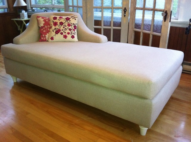 Tammys Daybed contemporary day beds and chaises